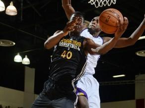 """NBA Vasaras līga tuvojas noslēgumam, """"Warriors"""" tikai uzvaras"""