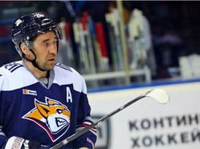 KHL <i>play-off</i> 2. kārtas labākie: Garipovs, Naklādals, Zaripovs