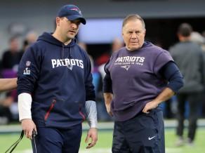 """Makdanielss <i>uzmet</i> """"Colts"""" un paliek """"Patriots"""" rindās"""