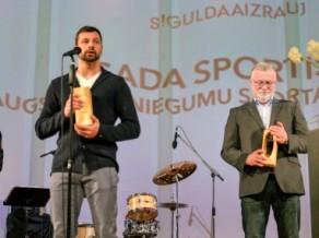 Siguldas gada balvā uzvar Dukurs, Gasūna pārspēj Priedulēnu