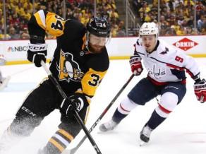 """Pitsburgas """"Penguins"""" uzbrucējs Kīnhakls Vācijas izlasei tomēr nepievienosies"""