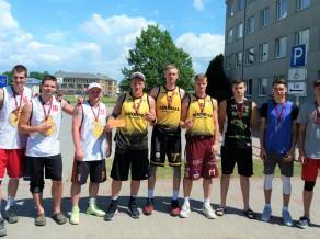 """Lietuvas 3x3 basketbola meistari iekaro """"A7 tūres"""" posmu Bauskā"""