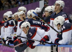 ASV un Somija rakstura cīņā sadalīs olimpisko bronzu hokejā