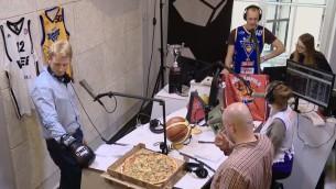 Video: Radio rings: Mārtiņš pret Arti