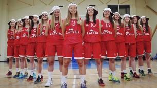 Video: Tiešraide 16:00: Eiropas kadetu čempionāta ceturtdaļfināls: Latvija U16 - Itālija U16