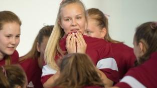 U17 meitenes zaudē Ķīnai un cīnīsies par devīto vietu