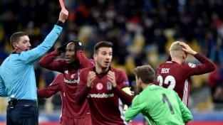 """""""Napoli"""" uzvar B grupā, """"Besiktas"""" izgāžas ar 0:6 Kijevā"""