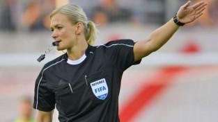 Vācijas Bundeslīgas spēles pirmoreiz tiesās sieviete