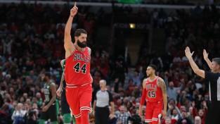 """""""Bulls"""" šokē Bostonu, """"Thunder"""" turpina sagādāt vilšanos, Hārdenam 17 piespēles"""