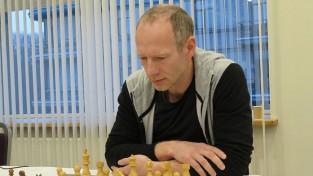 Putka vienīgais no Latvijas iekļūst simtniekā EČ ātrajā šahā