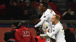 """PSG šokējoši izkrīt no Līgas kausa, """"Monaco"""" izšķirošo pendeli iesit vārtsargs"""