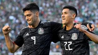 Meksika iesit septiņus vārtus, Zelta kausu ar pārliecinošu uzvaru sāk arī Kanāda