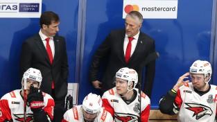 """Hārtlijs: """"Pirmoreiz dzīvē hokejs nav mana prioritāte. Tagad jābūt paraugpilsoņiem"""""""