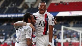 Francijas grands PSG sezonas izšķirošajam posmam gatavojas ar 9:0 un 7:0