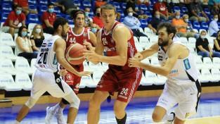 Gražulis rezultatīvākais Triestes otrajā uzvarā Itālijas Superkausā, Laksam 17 punkti Polijā