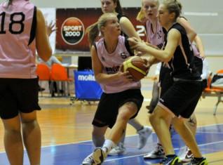 """""""Kolibri/47. vsk."""" meitenes uzvar U16 finālturnīrā Jelgavā"""
