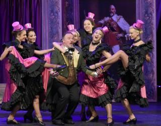 Operetes teātris paziņo par sezonas slēgšanu