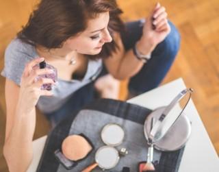 Smaržu horoskops – kā izvēlēties smaržas daiļā dzimuma pārstāvēm?
