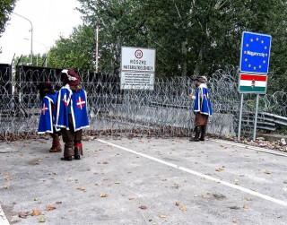 """Video: """"3 musketieri. Uz austrumiem no Vīnes"""" viesosies Minskā"""