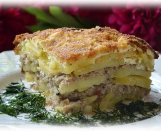 Fotorecepte: Kartupeļu, siļķu un gaļas sacepums soli pa solim