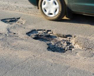 Bedres uz Latvijas ceļiem var pievarēt arī bez zaudējumiem