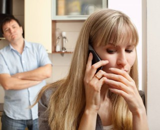 Krāpšana ģimenē. Kuri ir lielākie laulību pārkāpēji- sievietes vai vīrieši?