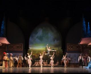 """Aivars Leimanis Slovēnijā iestudējis baletu """"Korsārs"""""""