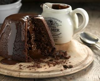 Kausētās šokolādes pudiņkūka