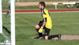 """Foto: FK """"Ogre"""" atzīst turnīra līderu pārākumu"""