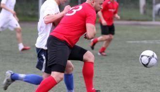 """Foto: Salaspilieši uzvar """"SK Pārogre"""" futbolistus"""