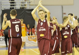 Foto: Latvija gāž čempionus