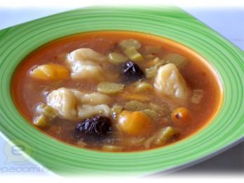 Fotorecepte: Rabarberu un klimpu zupa soli pa solim