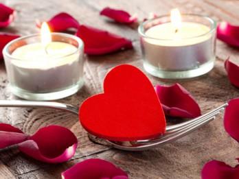 Valentīndienas svētku galds. 6 brīnumainas receptes