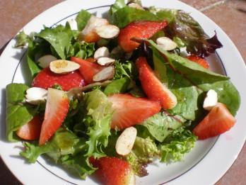 5 dažādi mazliet ekscentriski augļu salāti