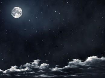 Pamācība, kā skaisti nofotografēt naksnīgās debesis un Mēnesi