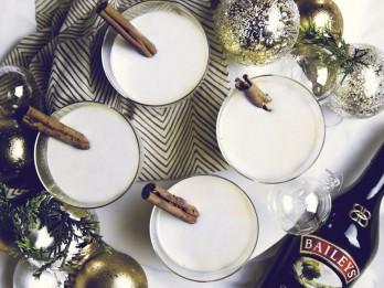 Ar kādu dzērienu pievilināt Ziemassvētku vecīti jeb Ziemassvētki tavā glāzē