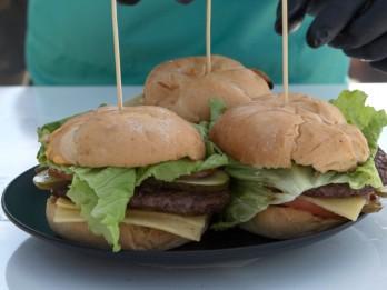 Spēka (klasiskā) burgera recepte