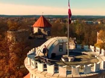 "Video: Raimonda Paula melodijai ""Rudens ogle"" skaists video"