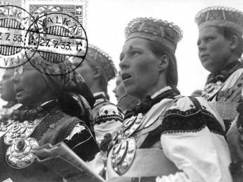 """Portālā filmas.lv ievietota dokumentālā filma par Dziesmu svētkiem - """"Dziesmuvara"""""""