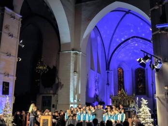 """Populāri Latvijas mūziķi par """"Ziemassvētku prelūdijas"""" tapšanu Doma baznīcā"""