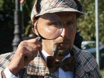 """""""Šerloka Holmsa dzimšanas diena"""" paziņo par svētku vasaras sesiju"""