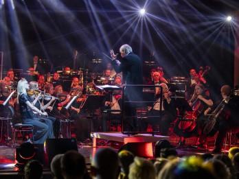 LSO koncertēs ar Krēmeru, māsām Balanas, Ļahovski, Šipkēvicu un Aminatu