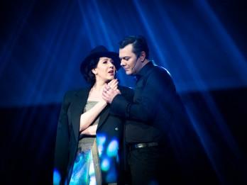 """Aktieri Marija Bērziņa un Mārcis Maņjakovs  aicina uz Mātes dienas koncertu """"Ziedi māmiņai"""""""