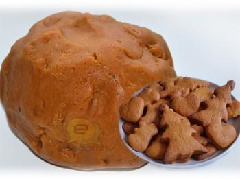 Fotorecepte: Mājās gatavota piparkūku mīkla