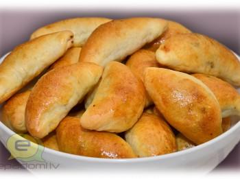 Fotorecepte: pīrādziņi ar griķu un aknu pildījumu