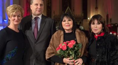 Inese Galante un izcili Latvijas mūziķi gatavo Ziemassvētku koncertu Doma baznīcā
