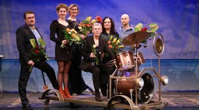 """Valmieras teātris kopā ar """"Valmieras"""" tīrkultūru aicina skatītājus noteikt Gada labākos māksliniekus un izrādi"""