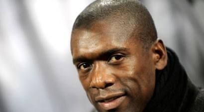 Futbola leģendas Zēdorfs un Kluiverts vairs nevadīs Kamerūnas izlasi