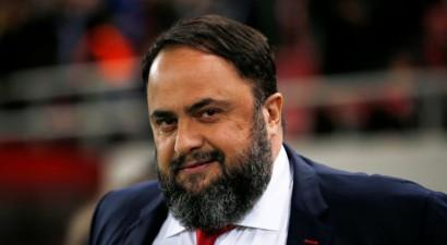 """""""Olympiacos"""" īpašnieks Grieķijā stāsies tiesas priekšā par maču sarunāšanu"""