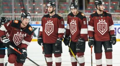 """Rīgas """"Dinamo"""" nedosies izbraukumā, komandai karantīnā jābūt līdz svētdienai"""
